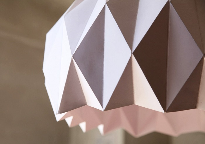 diy du dimanche 17 un lustre en origami. Black Bedroom Furniture Sets. Home Design Ideas