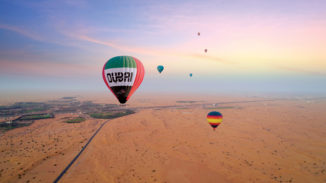 Hot-Air-Balloon-Breakfast-falconry-Land-Rover-Drive-6