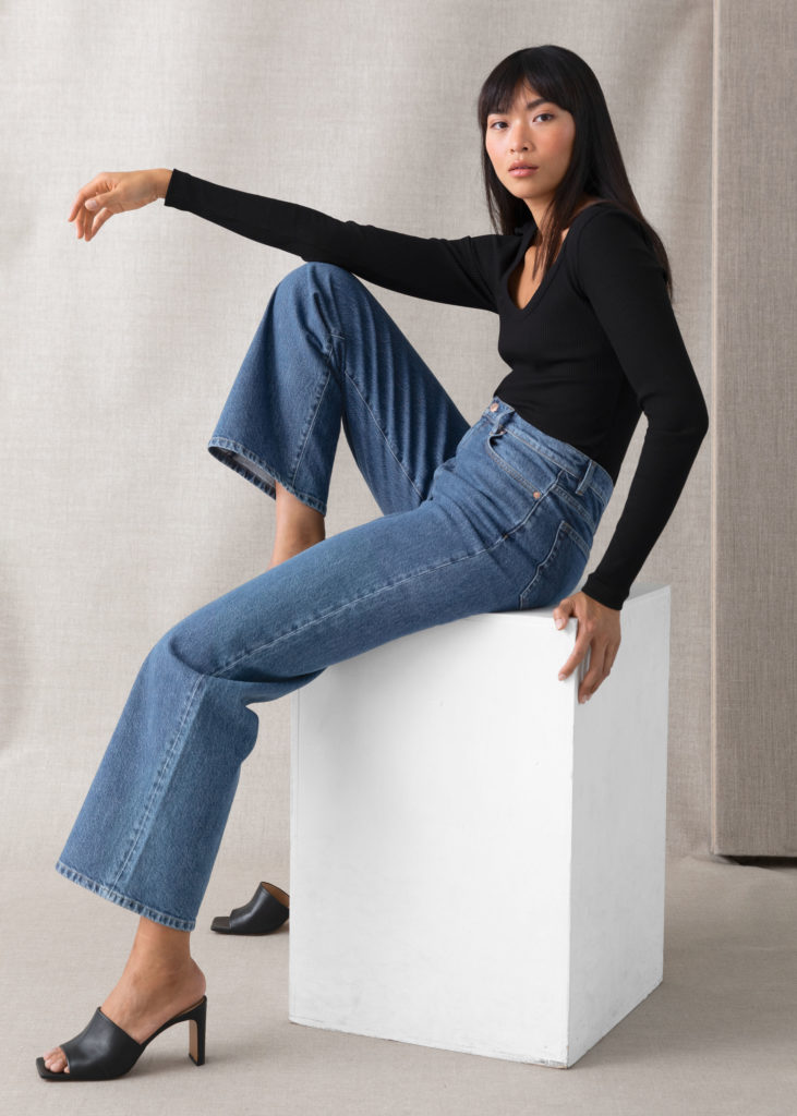 Treasure Cut Cropped Jeans