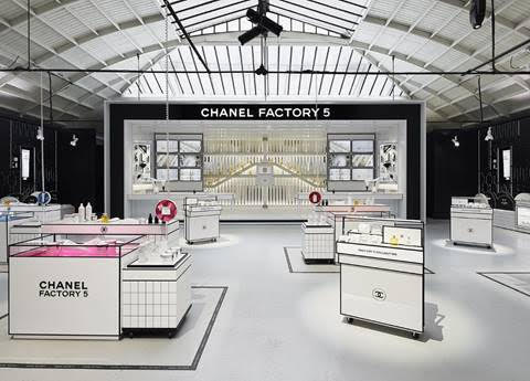 Pop-up store Chanel Factory N°5